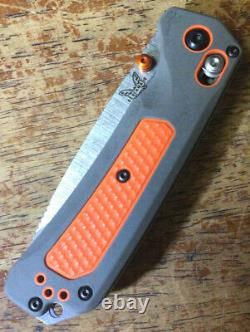 Benchmade 15061 Grizzly Ridge HUNT with S30V Plain Edge Blade New Open Box