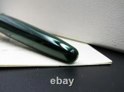 Fountain Pen Waterman Edson Green With Solid Gold Nib 18kt EF Rare Nos in Box