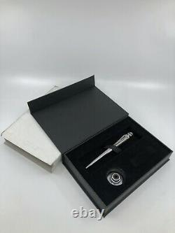 Jac Zagoory Designs THE LEGEND Skull Pen Ball Point Twist With Stand. NEW in Box