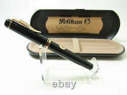 NOS vintage PELIKAN M250 Old Style Version fountain pen 14ct F nib in box