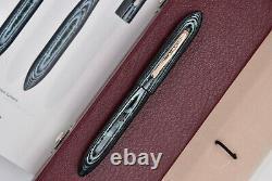 OLDWIN Classic Mini (Demi) Arco Green Fountain Pen with original box. 18k 750 Nib