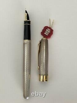 PARKER SONNET Fountain Pen Sterling Silver 18k Gold Nib Mint in Box with Tag NR