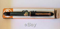 Pelikan 140 Fountain Pen Green Striped Fine 14K Nib & Original Box/Papers