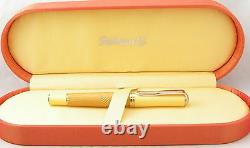 Pelikan Fountain Pen Sahara Special Edition 18K Gold Broad Pt New In Box