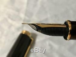 Pelikan Fountain pen SOUVERAN M1000 Black 18k nib F withbox, ink, gurantee. USED