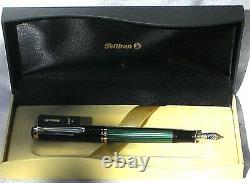 Pelikan Souveran M600M Fountain Pen Green & Black Medium Nib New In Box Product