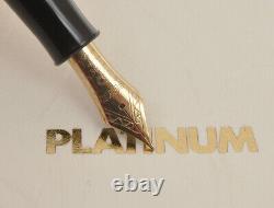 Platinum 3776 Japan PTB-30000U #26 red lacquer new pristine in box
