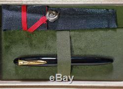 Platinum Izumo Urushi Dark Red Fountain Pen with 18 kt gold nib with Box