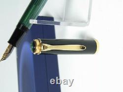 Mint Condition Pelikan M400 Stylo De Fontaine Strié Vert 14ct Om Nib En Boîte