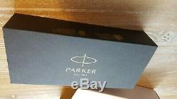 Parker Duofold Pen Centennial Fountain Big Palladium Red F Nib Nouveau Dans La Boîte