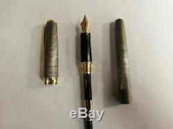 Parker Sonnet Ciselé Argent Grille D'or Clip Fountain Pen 0.5mm Fine Neuf Dans La Boîte